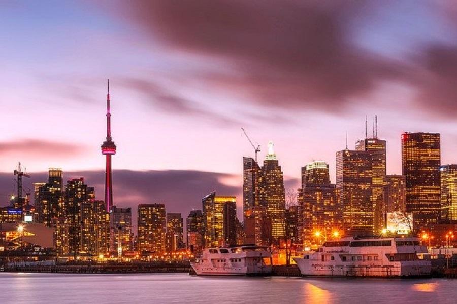 Partir en vacances au Canada : les assurances indispensables à prendre